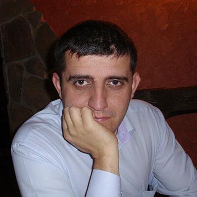 Олег Краськов